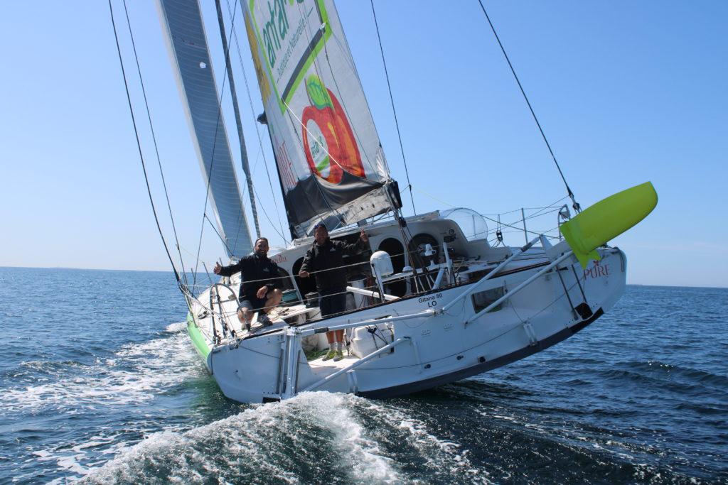 Romain Attanasio et Sébastien Marsset à bord de l'IMOCA PURE